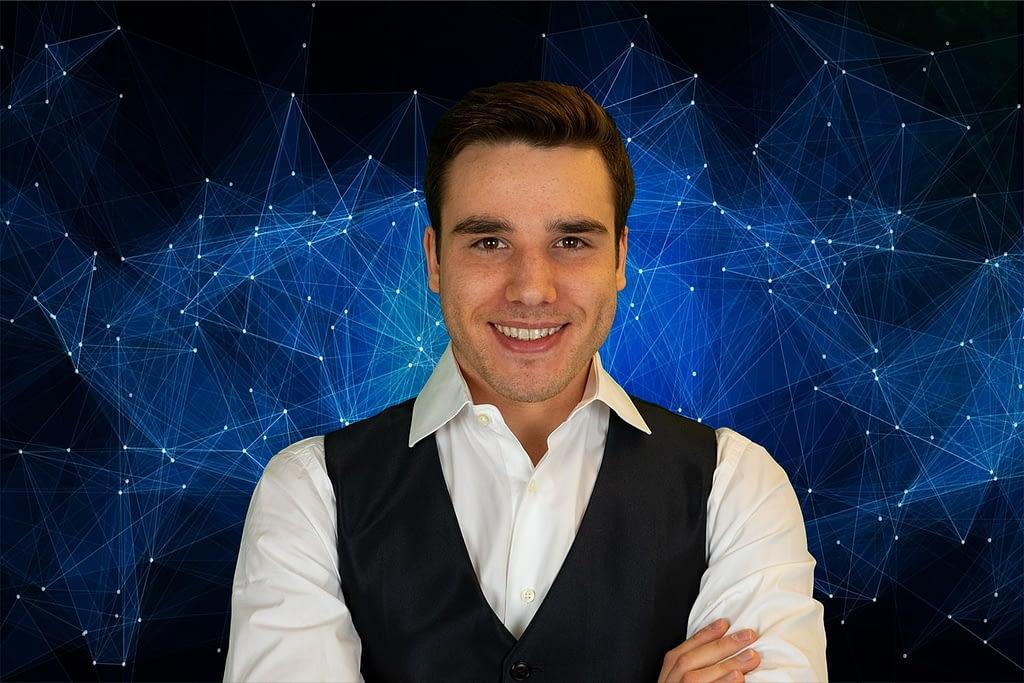Steven Dominic Ullrich Marketing Experte bei MYWAY GmbH - Personal Branding für Manager